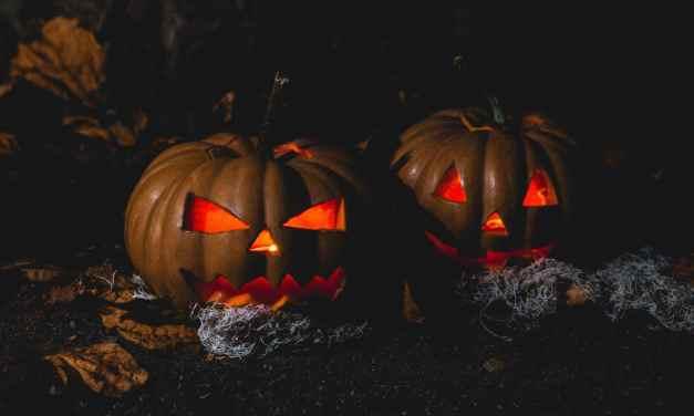 Jak oslavit Halloween: nápady na masky, dýně, výzdobu a halloweenské party