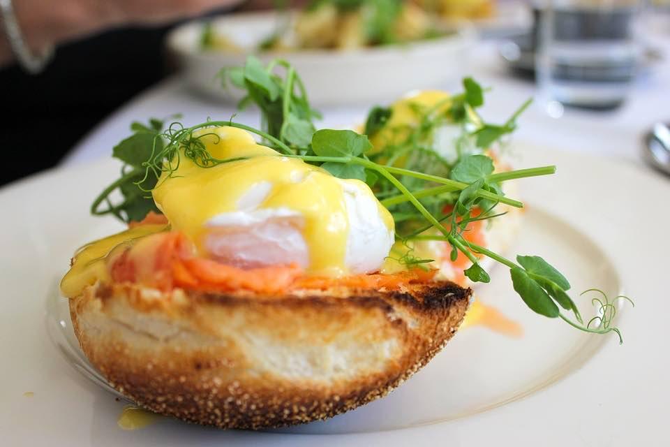 Jak připravit vejce Benedikt snadno a rychle