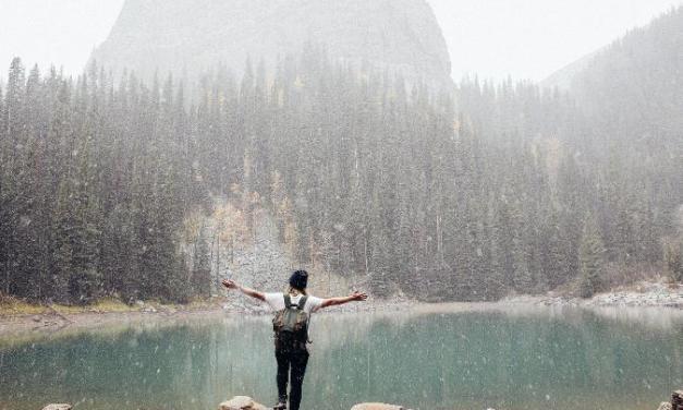 Jak vybrat outfit do přírody, který bude praktický a stylový zároveň