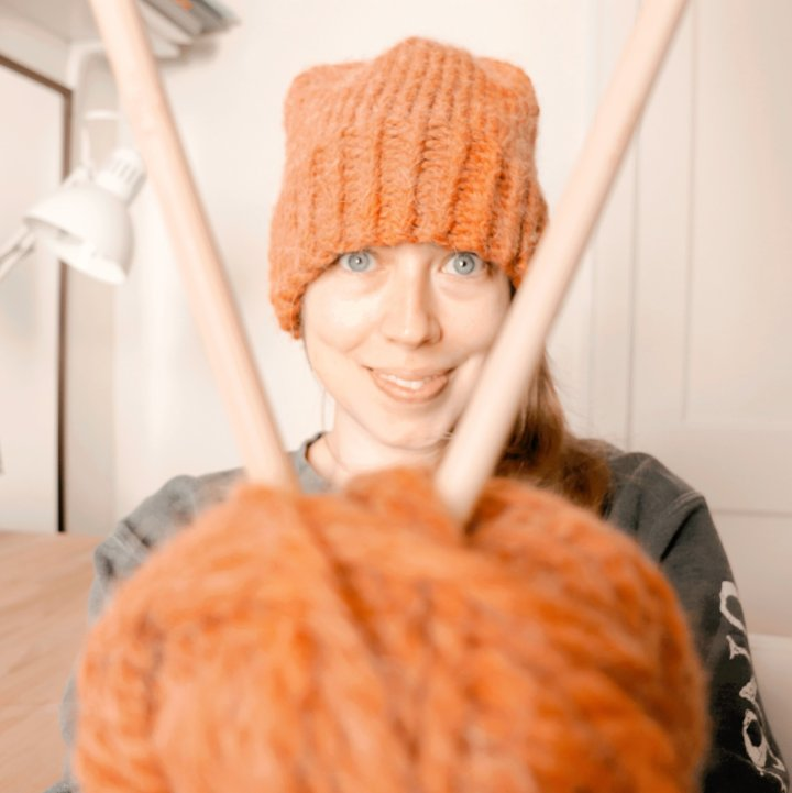 Adventures In Knitting: 4 Tips From An Absolute Beginner