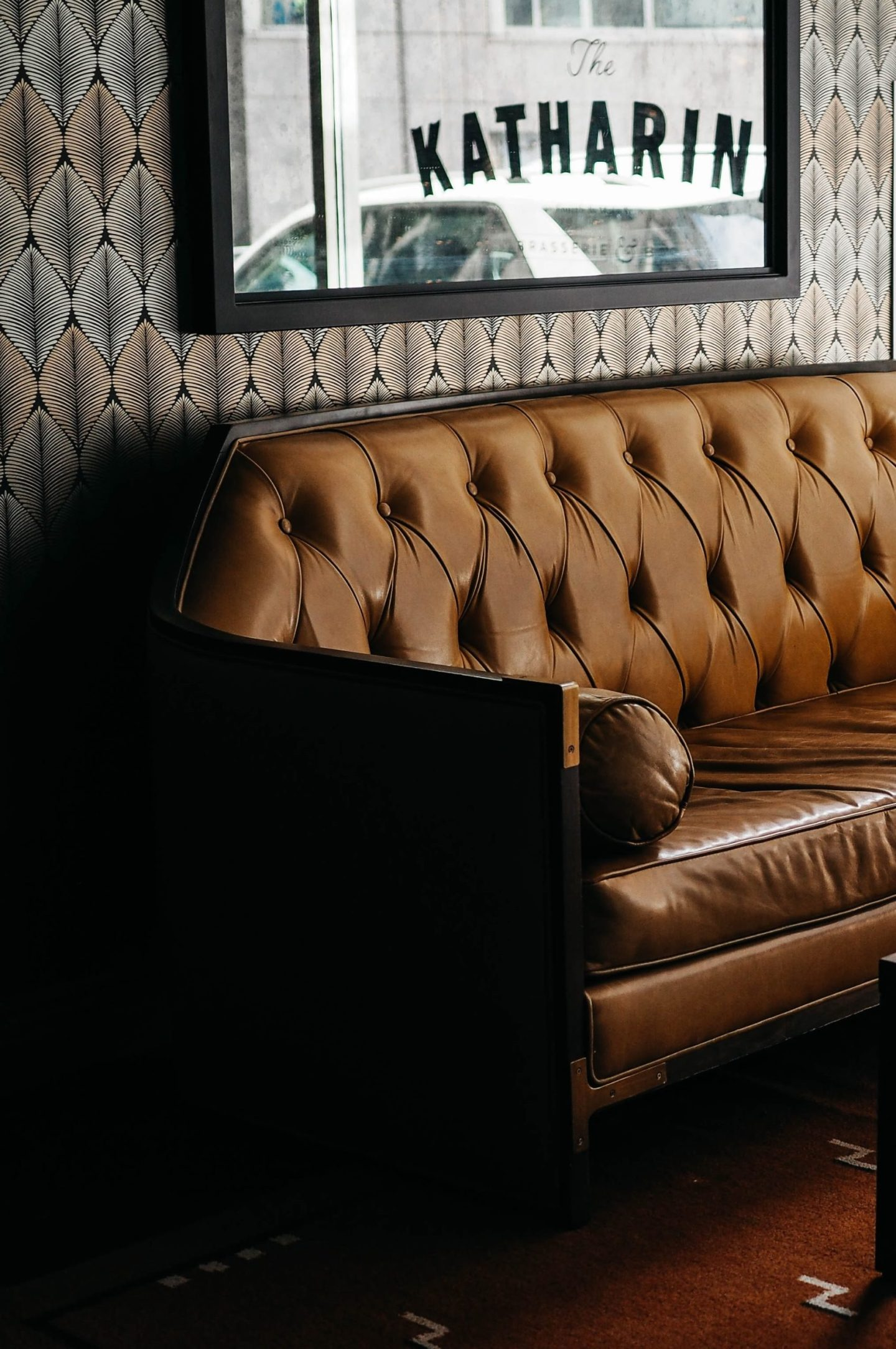 leather sofas are great for households with dogs and kids