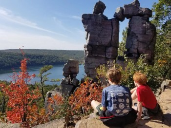 Tips for hiking with kids.