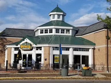Potbelly Restaurant in Lake Geneva WI. Quick sandwiches perfect for a picnic at the beach in Lake Geneva. #lakegeneva #resturants #thingstodolakegeneva #wisconsin