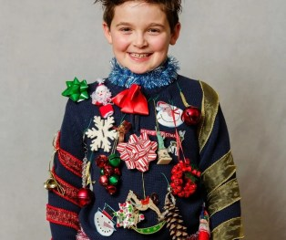 Virtual Ugly Sweater Parties for Christmas on Zoom. #virtualparty #uglysweaterparty #christmas #holidayparty