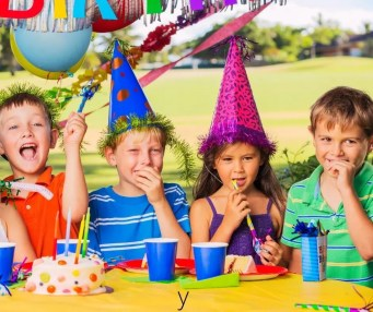 How to Play Would You Rather a Fun Party Game for Kids. Hilarious free printable questions to ask kids at birthday parties, virtual parties, holiday parties & school parties. #wouldyourather #kidsgames #partygames