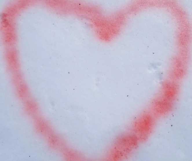 Fun Winter Activity Snow Painting Outdoors. Create cool hearts, colorful snowmen, or snow castle. You only need three supplies to make this cheap & easy winter activity for kids.