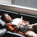ぐっすり眠れないと感じたら、寝る姿勢を変えてみる