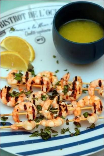 brochettes crevettes marinées