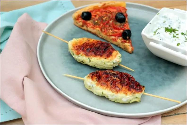 brochettes de keftas de poulet, sauce light au yaourt