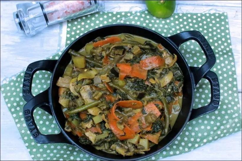 Curry coco aux légumes (haricots verts, aubergine, pommes de terre…)