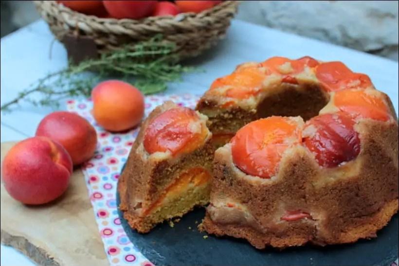 gâteau à l'abricot miel et polenta
