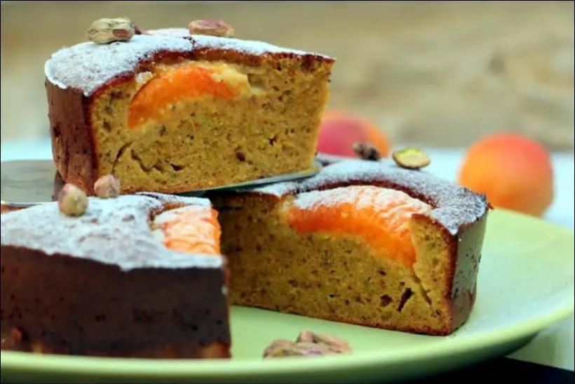 moelleux à l'abricot et à la pistache sans gluten sans lactose