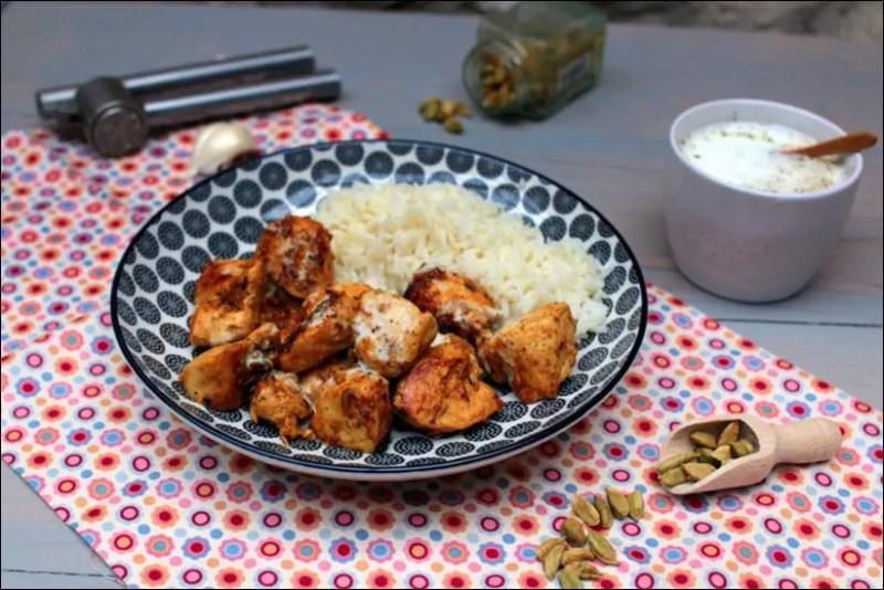 poulet mariné au curry et au lait fermenté
