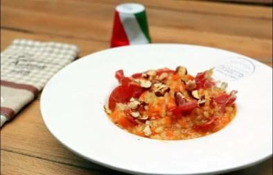 risotto à la courge, coppa et noisettes