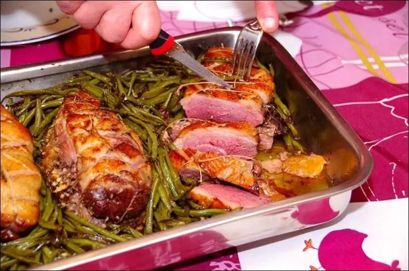 rôti de magrets de canard au foie gras et fruits secs
