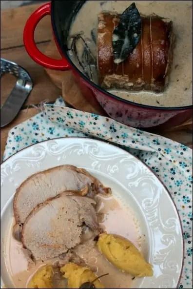 rôti de porc cuit dans du lait