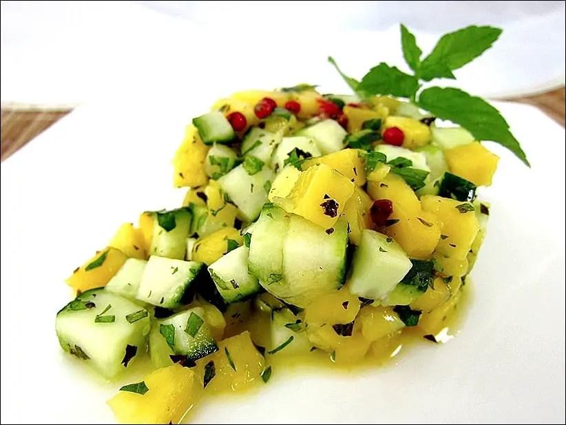 salade de mangue et concombre à la menthe