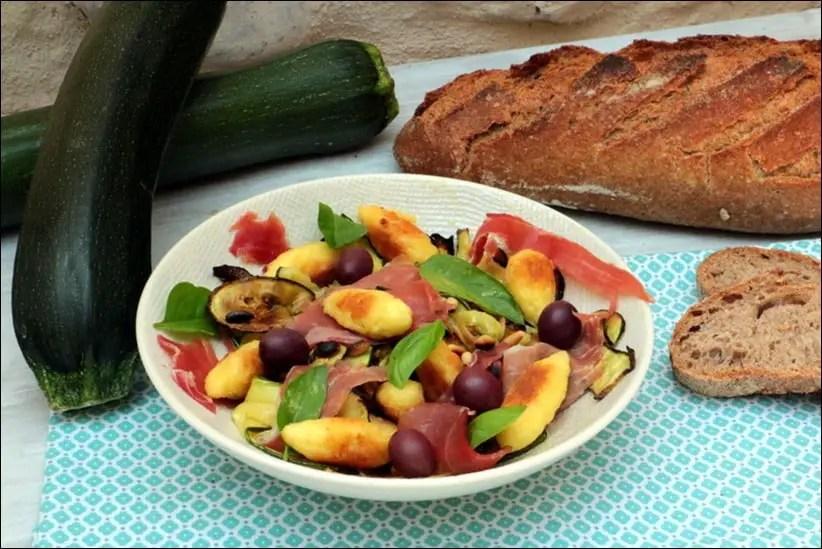 Salade de courgettes grillées et mini-quenelles