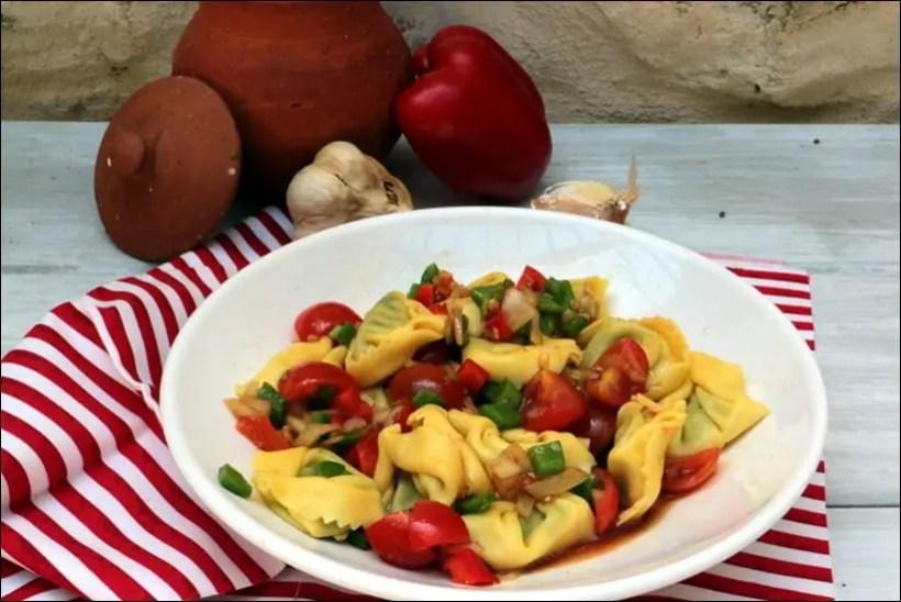 salade tortellinis tomates