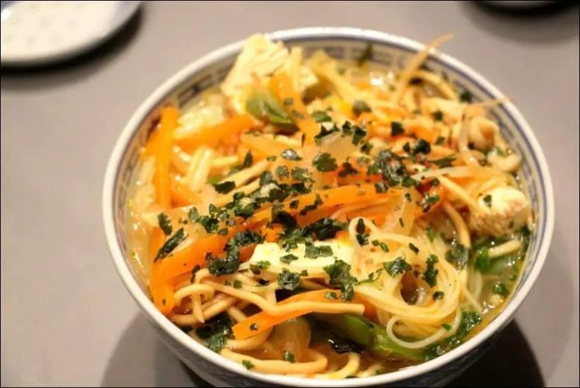 soupe chinoise crevettes nouilles