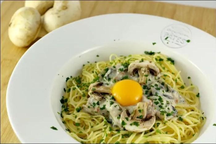 spaghetti carbonara sans lardons