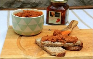 tartinade d'artichaut et de tomates séchées