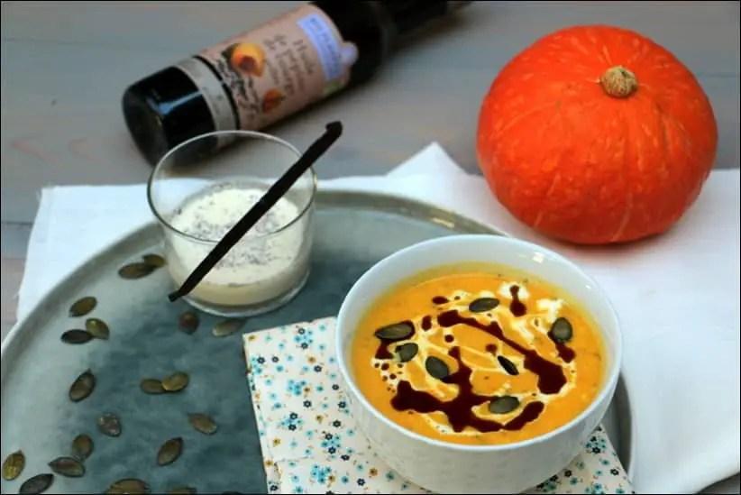 velouté potimarron crème vanille huile de pépins de courge