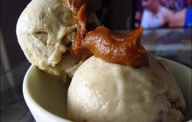 Nice cream banana ice cream au beurre de cacahuètes sans sorbetière