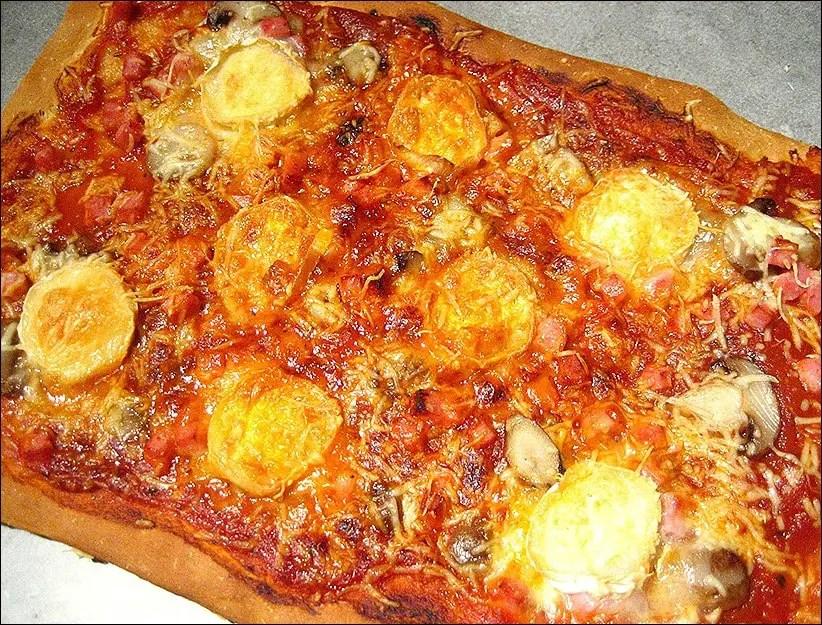 pizza au chèvre jambon champignons