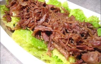 salade de canard confit au chou vert