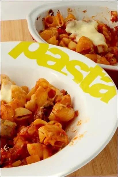 Gratin-pates-tomate-chipolatas (2)