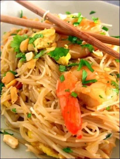 pad thai aux crevettes et citron vert