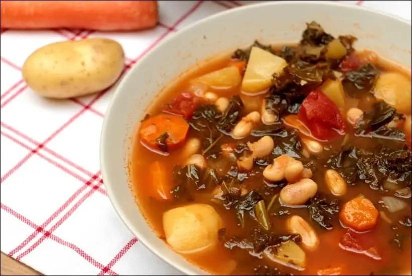 Ribollita – soupe de légumes toscane