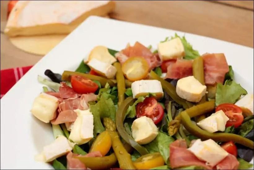 salade avec du reblochon