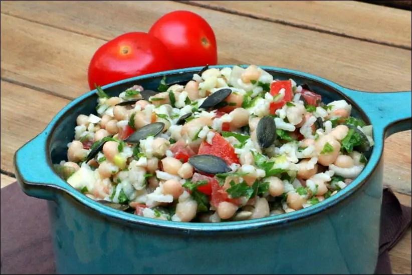 salade de riz et haricots blancs