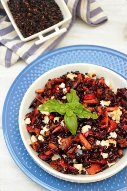 salade de riz avec poivron rouge