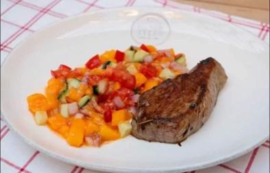 steak au poivre et salsa de mangue