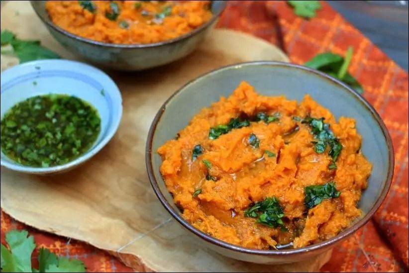 Purée de patates douces, sauce aux herbes et citron vert de Yotam Ottolenghi – sans lactose