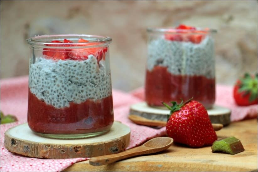 chia pudding compote fraises vanille
