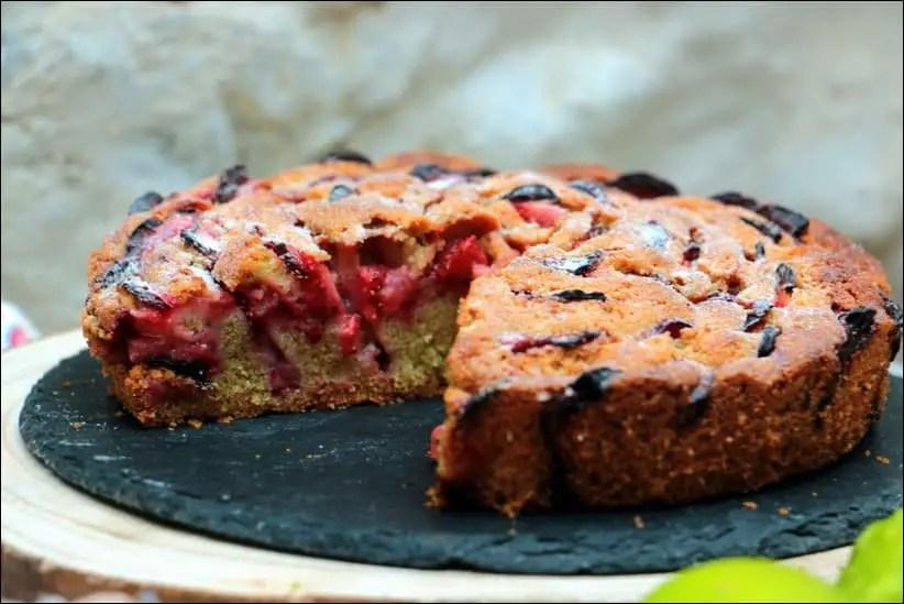 Gateau-moelleux-fraises-citron-vert (14)