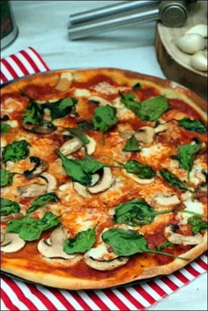 pizza champignons épinards