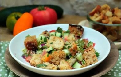 salade de quinoa et pain au levain de Yotam Ottolenghi