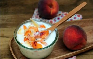 frozen yogurt aux pêches et noix de coco