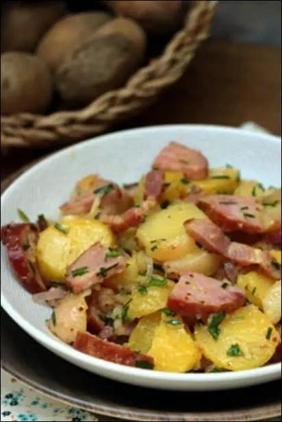 salade pommes de terre saucisse morteau