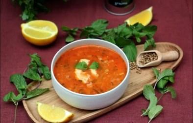 soupe au poulet et à la tomate