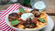 boulettes sauce tomate basilic penne burrata de Cyril Lignac