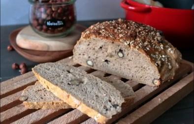 pain cocotte aux noisettes et aux flocons d'avoine