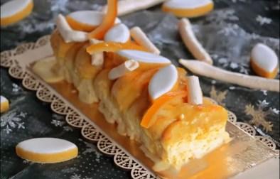 bûche safran glacée à l'orange et aux calissons