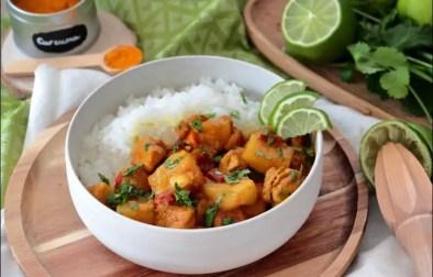 curry de poulet à l'ananas et au lait de coco