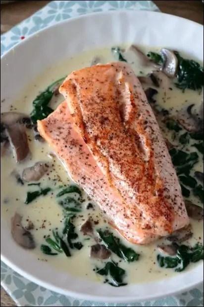 saumon et épinard frais